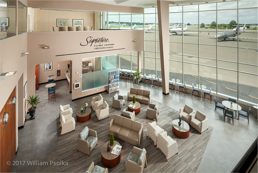 Signature Flight Terminal lobby overview by Psolka Photography